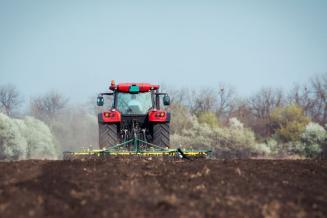 Аграрии Псковской области в 2019 году закупили 151 единицу сельхозтехники