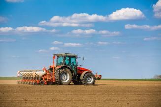 В Ставропольском крае план сева яровых зерновых культур выполнен на 50%