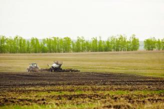 В Калининградской области весенняя полевая кампания набирает обороты