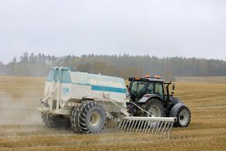 До 2025 года в России будет произвестковано 3,2 млн га кислых почв
