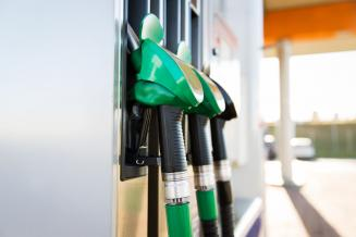 В Курганской области с начала года снизились мелкооптовые цены на нефтепродукты