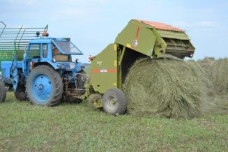 В Татарстане близится к завершению первый укос многолетних трав