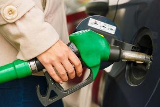 В Новгородской области самые низкие в СЗФО цены на бензин АИ-92 и АИ-95