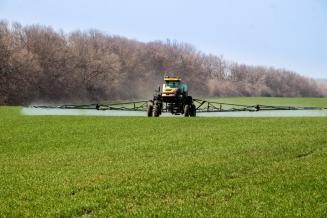 Аграрии Ульяновской области заканчивают работы по химической обработке посевов
