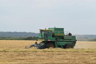 Более 211 млн рублей поддержки выделено на приобретение сельхозтехники аграриям Подмосковья в 2020 году