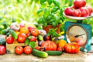 За месяц в Республике Алтай на четверть подешевели помидоры с огурцами и картофель