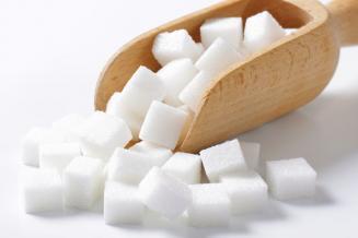 Минсельхоз может ввести пониженную импортную ставку для квотированного объема сахара