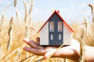 В Кузбассе за 2020 год более 700 семей воспользовались льготной сельской ипотекой