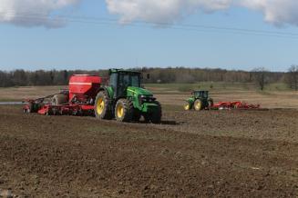 Удмуртские аграрии готовятся к весенним полевым работам