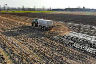 Аграрии РФ закупили 95% необходимых для весенней посевной удобрений