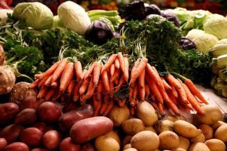 В Курской области снизились цены на плодоовощную продукцию