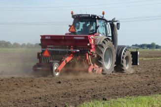 Белгородские аграрии наращивают сев озимых