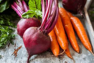 За неделю в Псковской области снизились цены производителей на морковь и свеклу